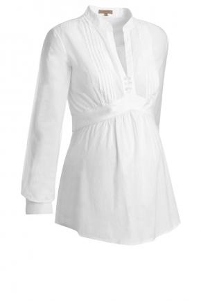773fd18d8 Para comenzar elegimos esta camisa con detalles fruncido en la panza y  botones en el cuello y puño en color blanco. (142