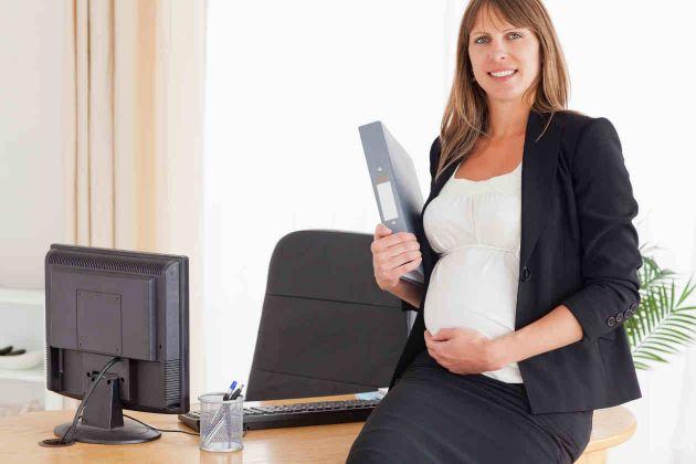 fcb05f5ee Si te encuentras en uno de los últimos meses del periodo de tu embarazo y  el médico te ha dado su consentimiento para seguir trabajando